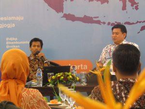 Agus Mulyadi, Pemateri Pertama Acara Flash Blogging Jogja