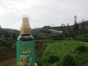 Review Dua Pekan Merawat Rambut Berhijab dengan Produk Azalea