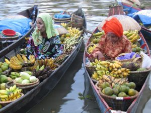 Pasar Terapung Siring tendean, Banjarmasin (Dokumentasi Pribadi)