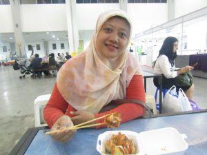 Jajan Takoyaki di Jogja Halal Food EXPO 2019 (Dokumentasi Pribadi)
