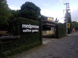 Bagian Depan Medpresso Coffe Garden