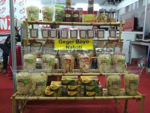 Salah Satu Stand UKM Binaan Dinas Koperasi UKM DIY di Jogja Halal Food EXPO 2019 (Dokumentasi Pribadi)