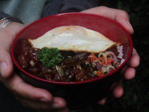 Rice Bowl Chicken Black Pepper Ala Medpresso Coffe Garden (Dokumentasi Retno Septyorini)