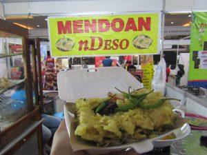 Penampakan Mendoan Ndeso di Jogja Halal Food EXPO 2019 (Dokumentasi Pribadi)