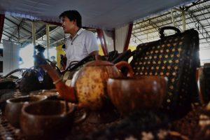 Inovasi Limbah Batok Kelapa Gelar Produk Craft & Fashion Istimewa di Acara
