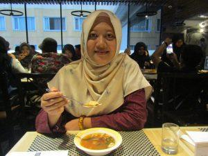 Review Menu Sup Ayam Lengkuas di Hotel Ibis Malioboro
