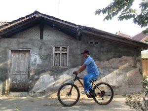 Bersepeda Bersama Bapak (Dokumentasi Pribadi)