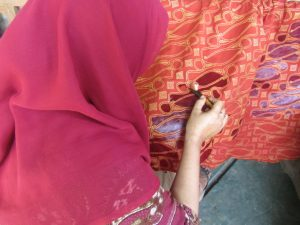 Salah Satu Pemanfaatan Dana Zakat untuk {emberdayaan Kelompok Batik Tulis Berkah Lestari di Imogiri (Dokumentasi Pribadi)